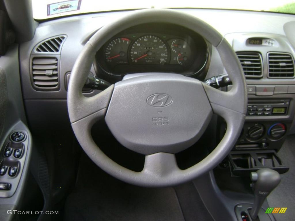 2002 hyundai accent gl sedan gray steering wheel photo 38961674 gtcarlot com gtcarlot com