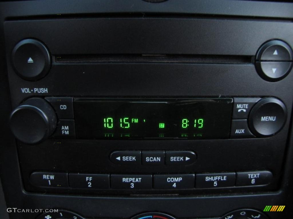 2006 Ford Mustang V6 Deluxe Convertible Controls Photo #38973120
