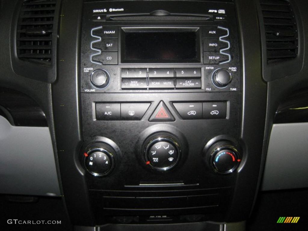 2011 Sorento LX AWD - Spicy Red / Gray photo #26