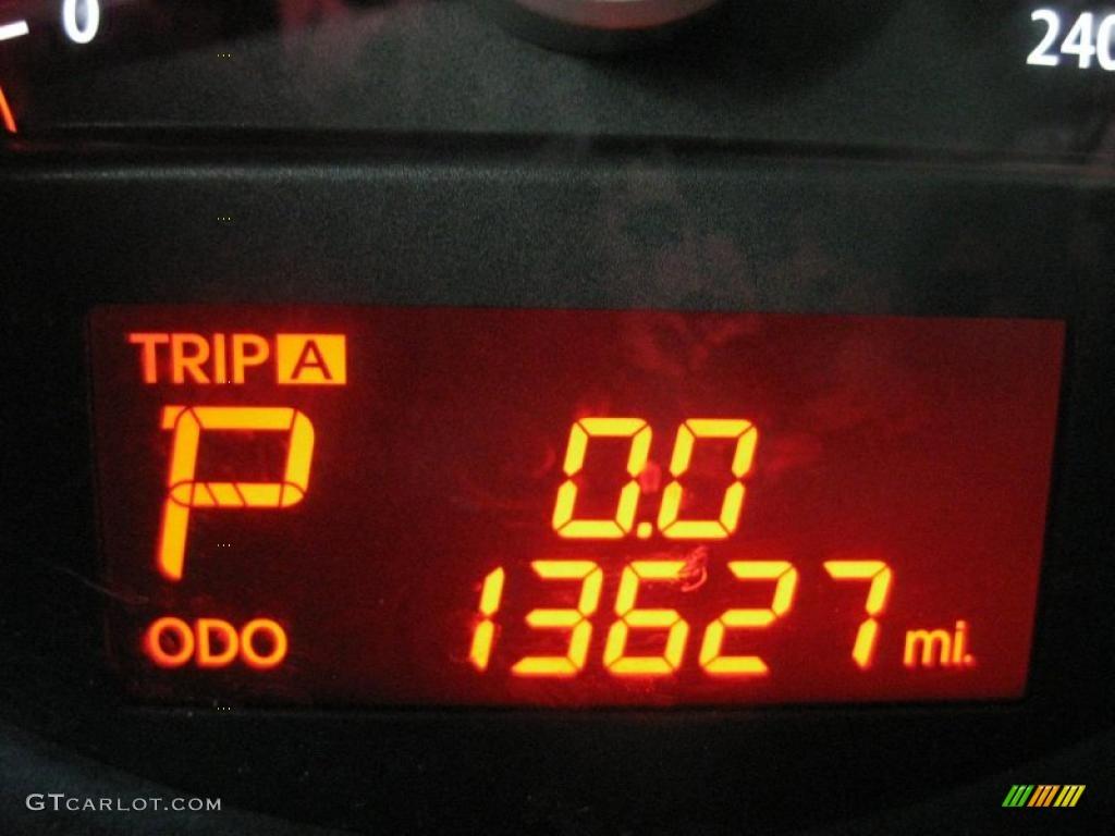 2011 Sorento LX AWD - Spicy Red / Gray photo #30