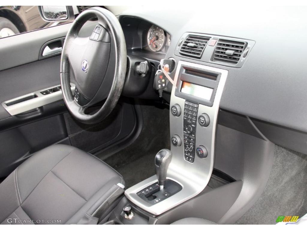 Volvo s40 2005 interior