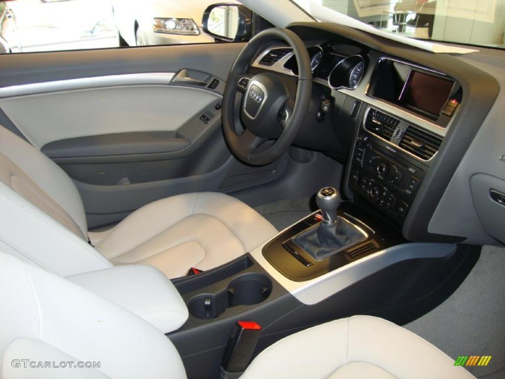 Light Grey Interior 2011 Audi A5 2 0t Quattro Coupe Photo