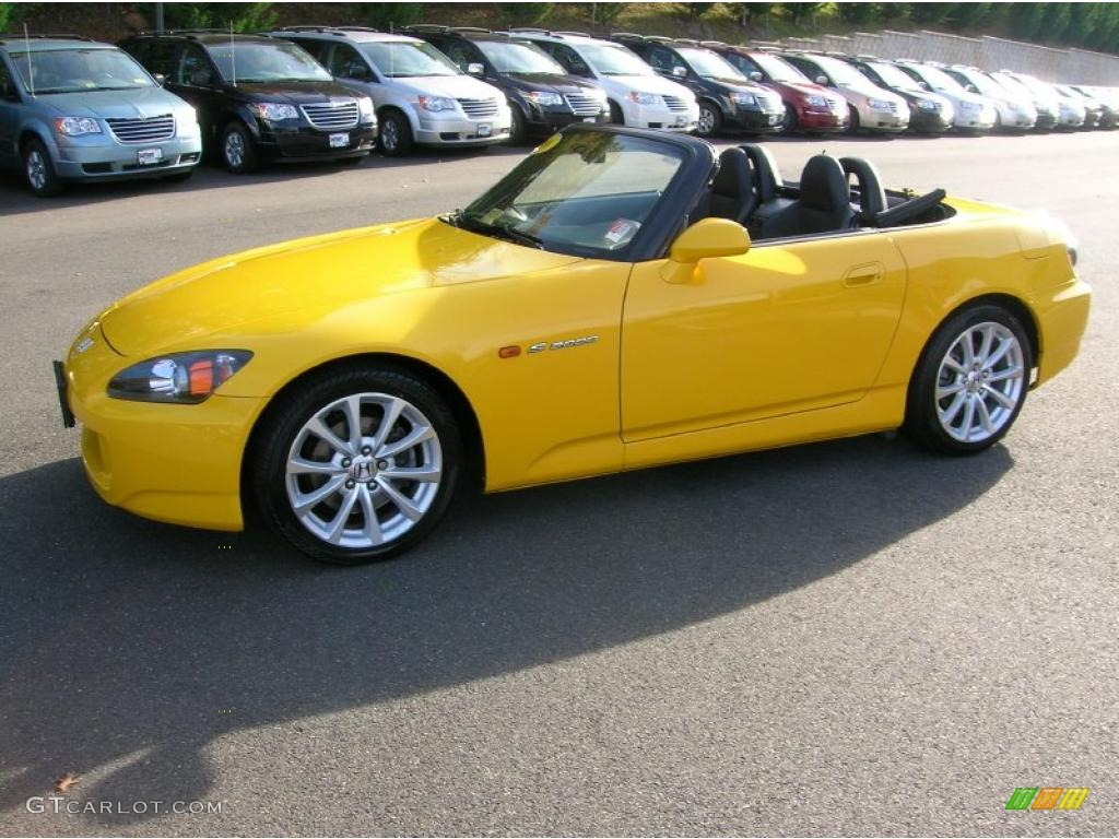 Rio Yellow Pearl 2006 Honda S2000 Roadster Exterior Photo