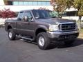 2004 Dark Shadow Grey Metallic Ford F250 Super Duty XLT SuperCab 4x4  photo #2