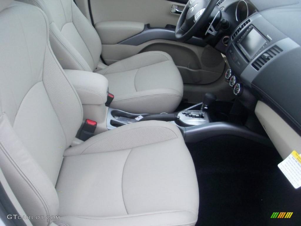 Beige Interior 2011 Mitsubishi Outlander Gt Awd Photo 39047168