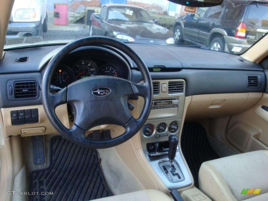 Beige Interior 2004 Subaru Forester 2 5 X Photo 39048420