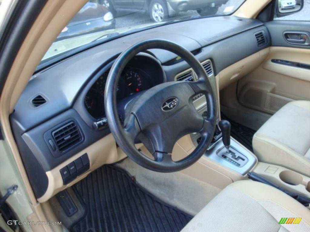 Beige interior 2004 subaru forester 2 5 x photo 39048472 for Interior pics