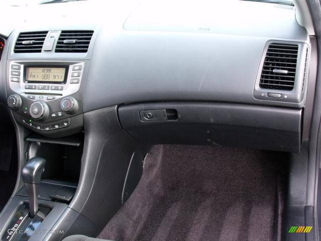 2015 Honda Accord Ex L V6 >> 2006 Honda Accord LX Coupe interior Photo #39057624 ...