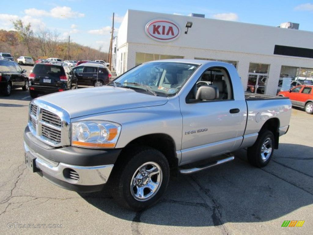 2006 Ram 1500 ST Regular Cab 4x4 - Bright Silver Metallic / Medium Slate Gray photo #1