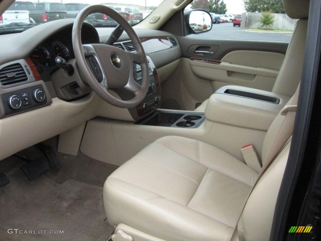 Light cashmere dark cashmere interior 2010 chevrolet tahoe lt 4x4 photo 39122230