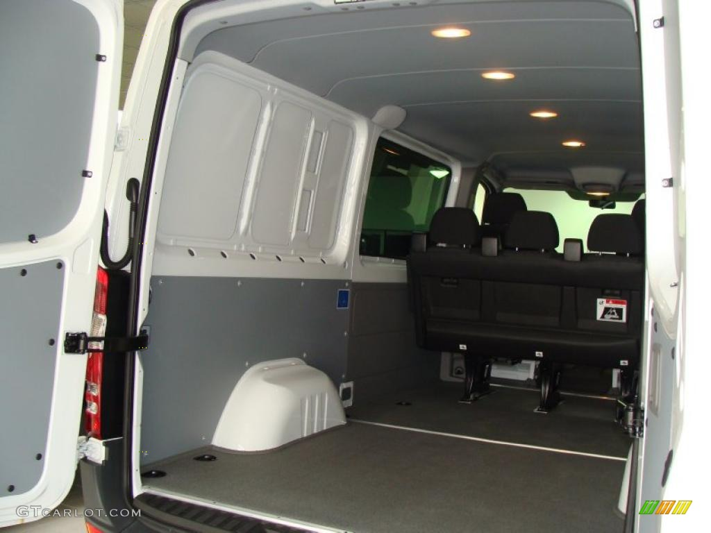 2010 mercedes benz sprinter 2500 cargo van interior photo for Mercedes benz sprinter cargo van