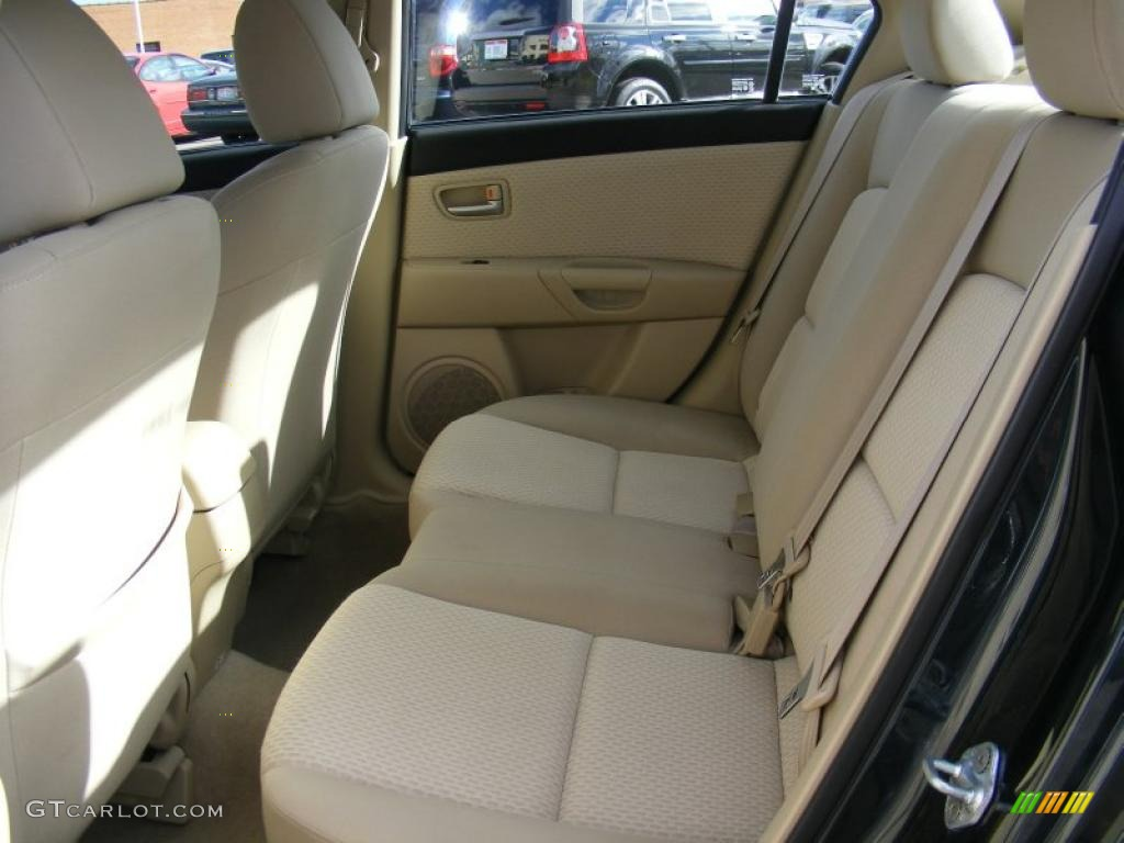 beige interior 2004 mazda mazda3 i sedan photo 39137746. Black Bedroom Furniture Sets. Home Design Ideas
