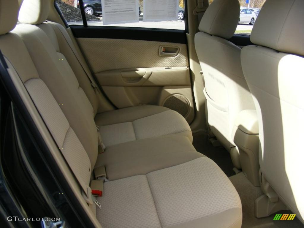 beige interior 2004 mazda mazda3 i sedan photo 39137766. Black Bedroom Furniture Sets. Home Design Ideas