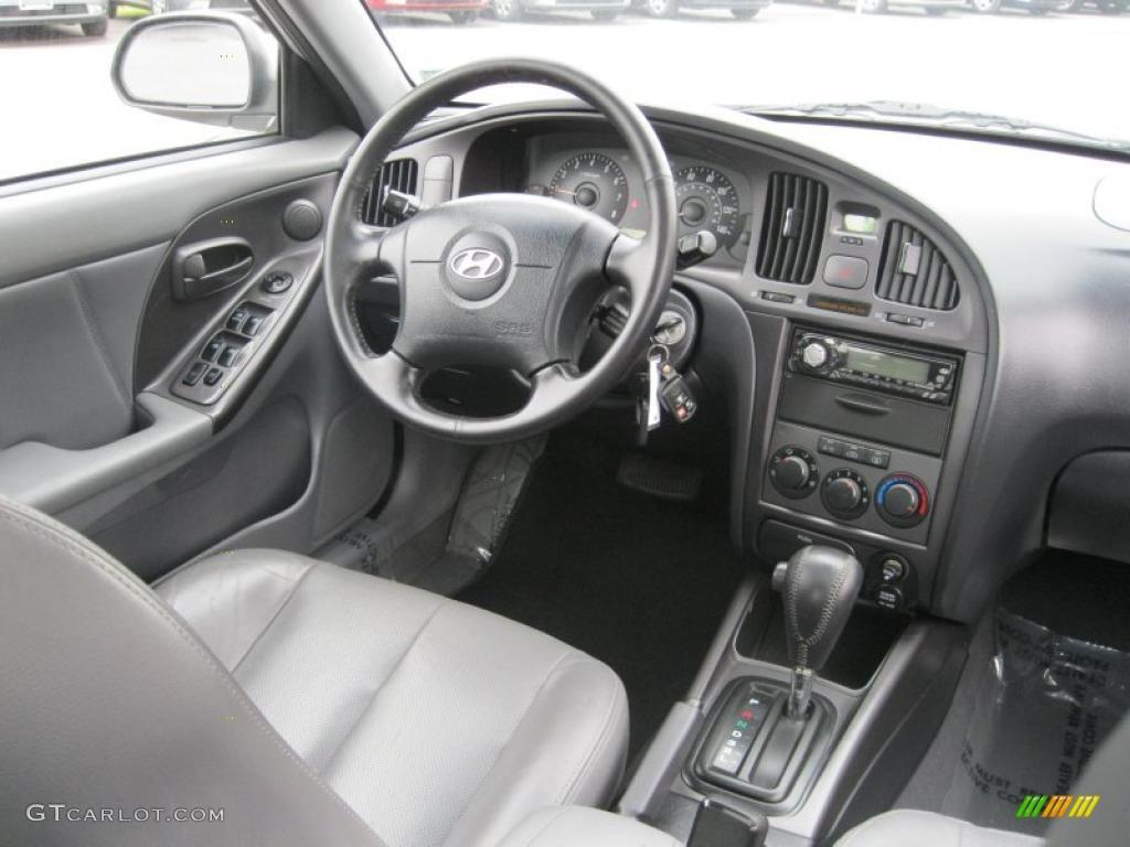 2004 Hyundai Elantra Gt Hatchback Dark Gray Dashboard Photo 39143498 Gtcarlot Com