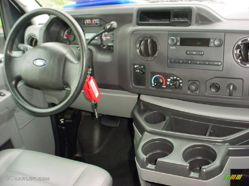 2010 Ford E Series Van E250 Cargo Medium Flint Dashboard Photo 39143686 Gtcarlot Com