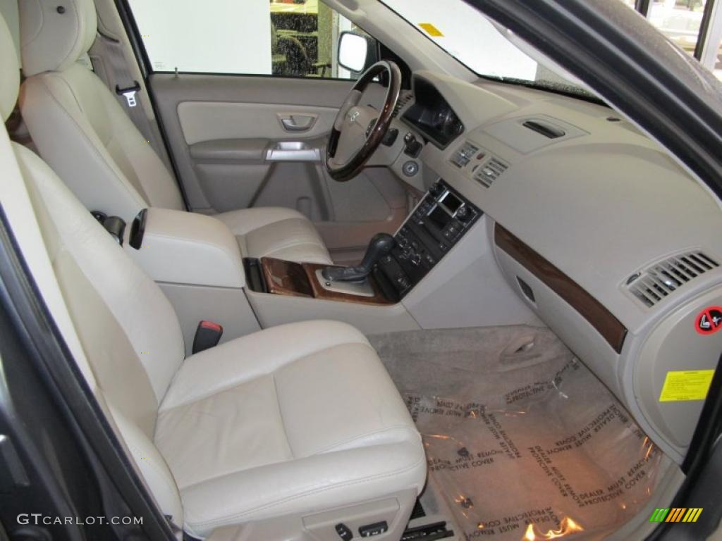 taupe light taupe interior 2005 volvo xc90 v8 awd photo. Black Bedroom Furniture Sets. Home Design Ideas