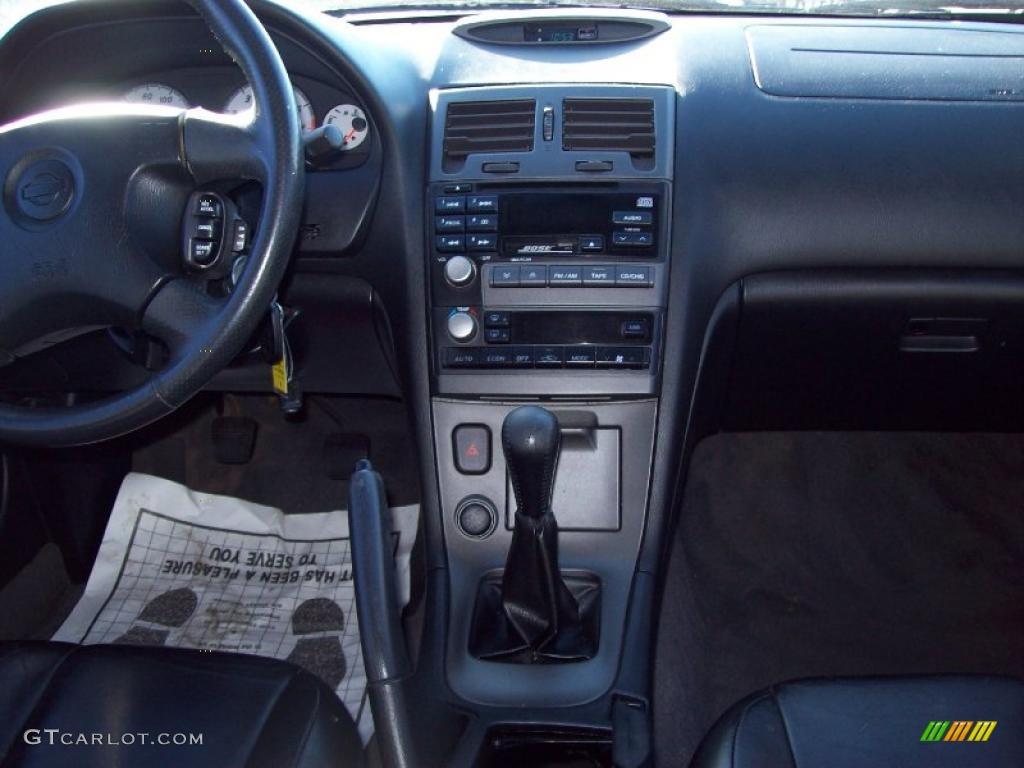 2000 Nissan Maxima SE Black Dashboard Photo #39169306
