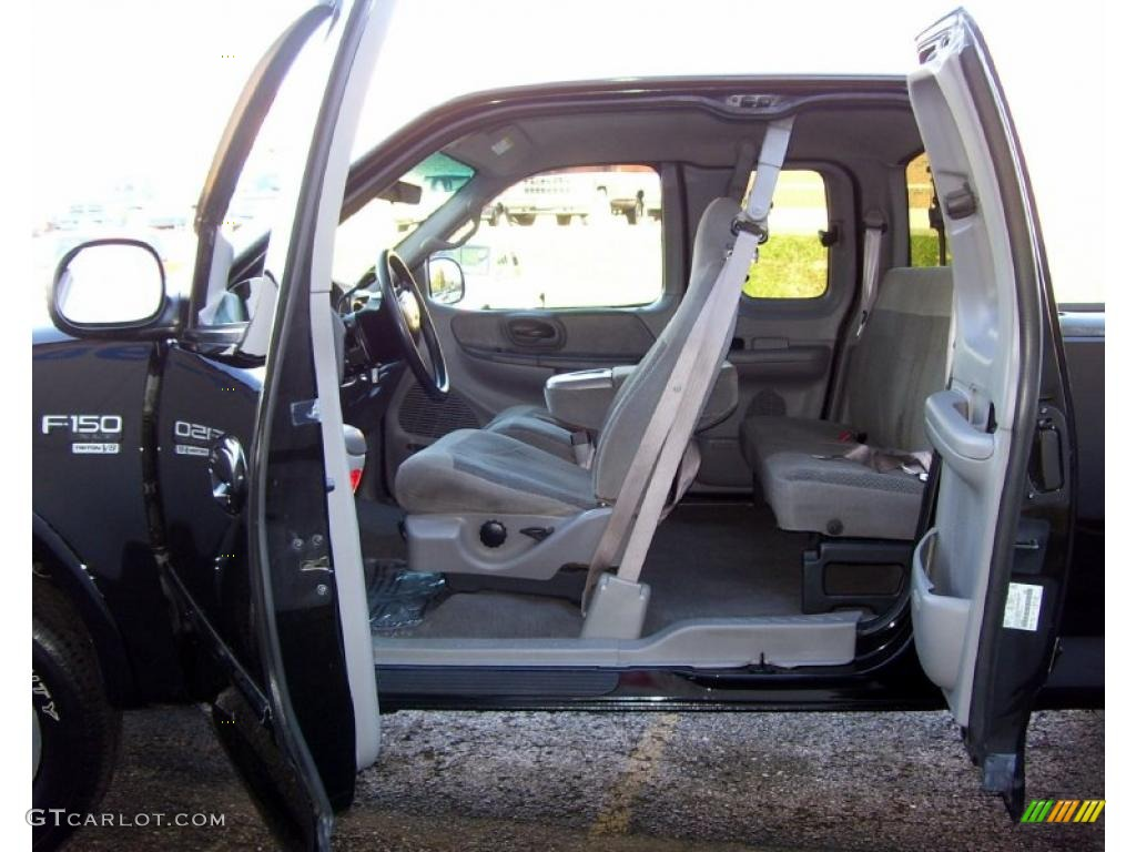 ford  xlt extended cab  interior photo  gtcarlotcom