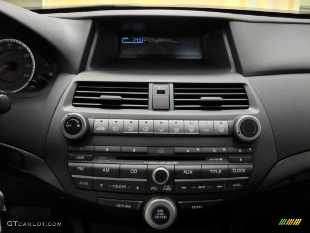 2011 Honda Accord Lx S Coupe Controls Photo 39170950
