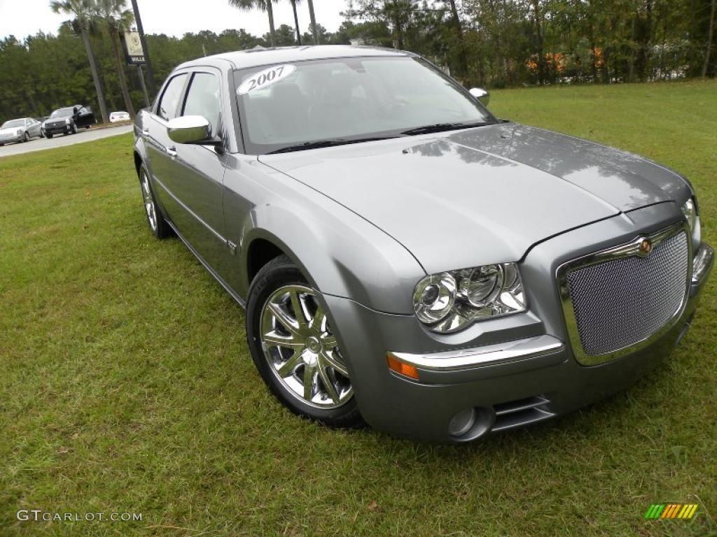 2007 Silver Steel Metallic Chrysler 300 C Hemi 39148184