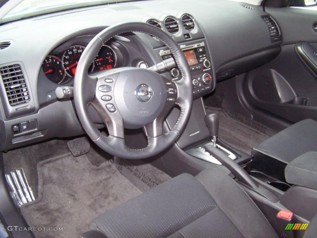 Charcoal Interior 2010 Nissan Altima 2 5 S Coupe Photo