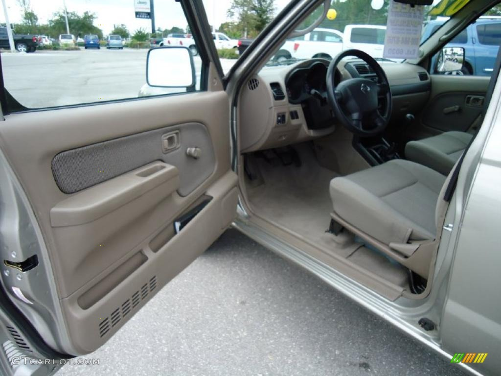 Beige Interior 2002 Nissan Frontier Xe King Cab Photo 39199267