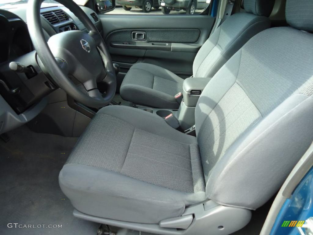 Gray Interior 2004 Nissan Frontier Xe King Cab Photo 39201431