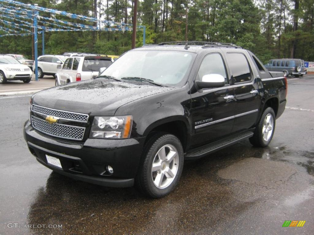 Black  Chevrolet Avalanche Ltz X Exterior Photo