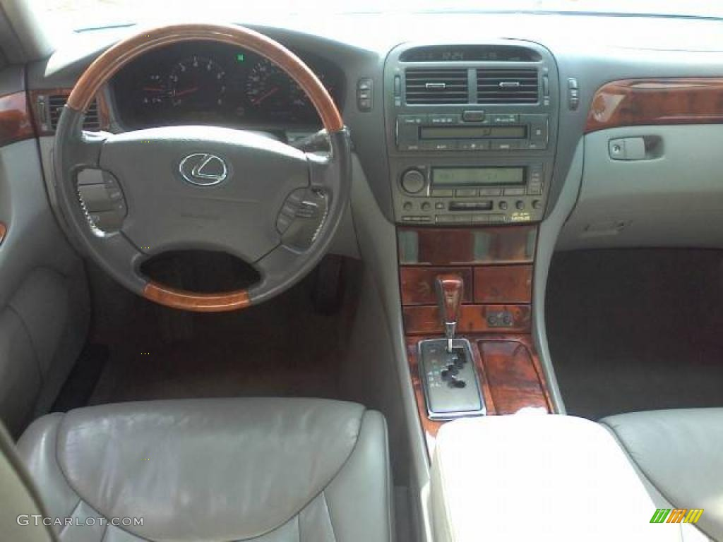 2001 lexus ls 430 page 1 review the car connection. Black Bedroom Furniture Sets. Home Design Ideas