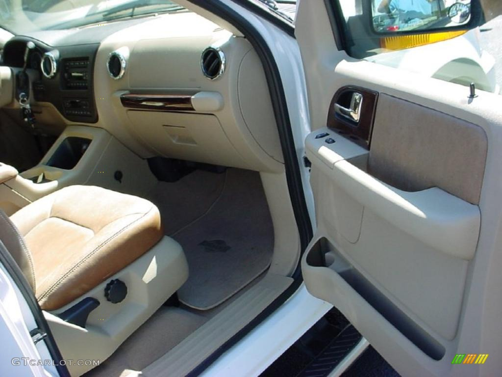 2006 Ford Expedition King Ranch Interior Photo 39253902