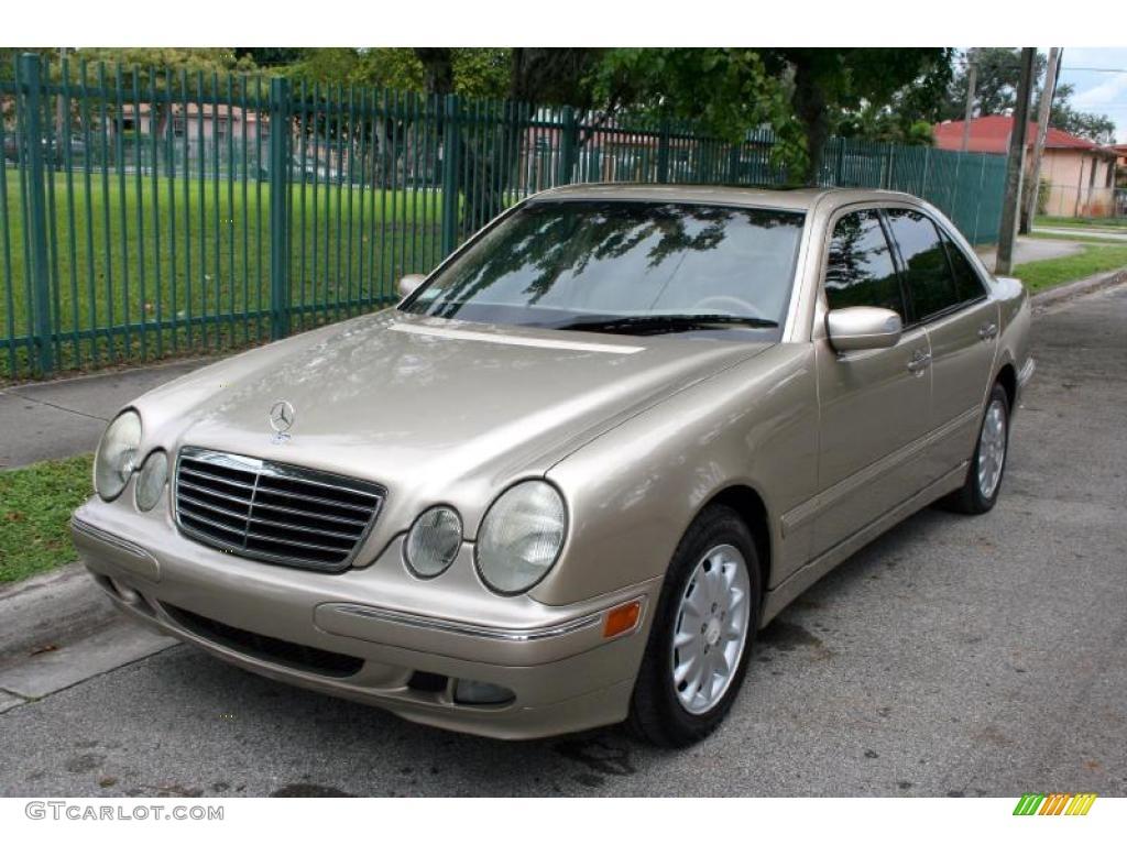 2001 desert silver metallic mercedes benz e 320 sedan for 2001 mercedes benz