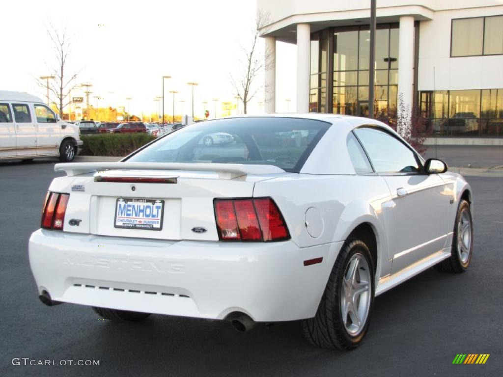 Oxford White 2003 Ford Mustang Gt Coupe Exterior Photo 39277767
