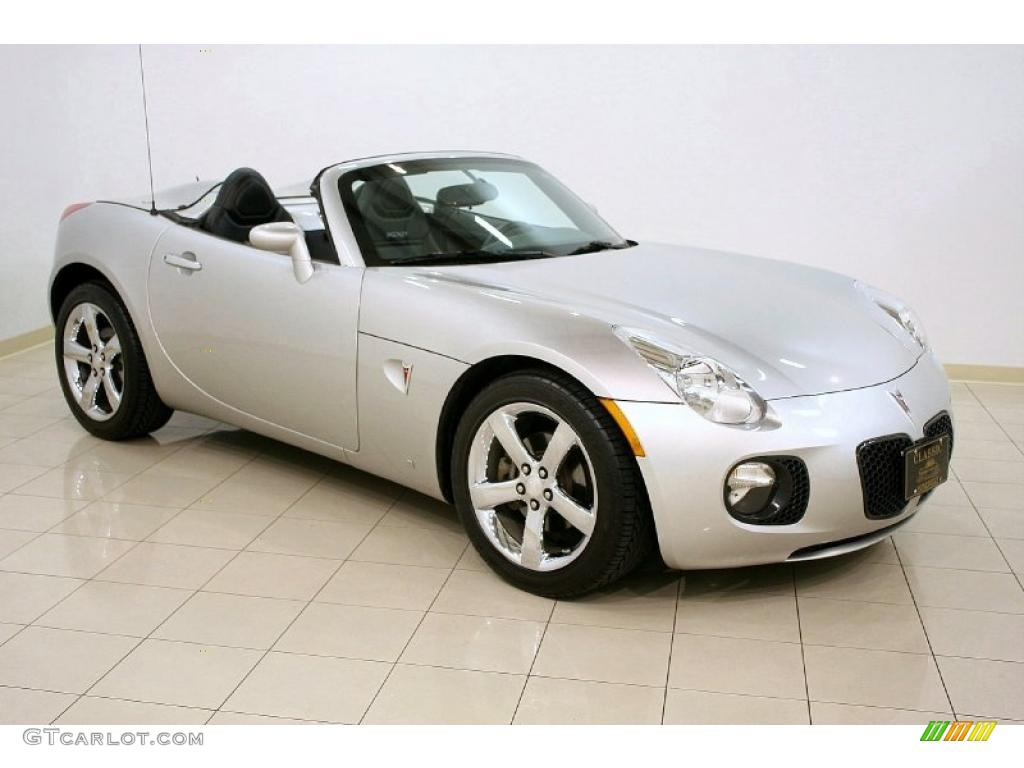 cool silver 2008 pontiac solstice gxp roadster exterior. Black Bedroom Furniture Sets. Home Design Ideas