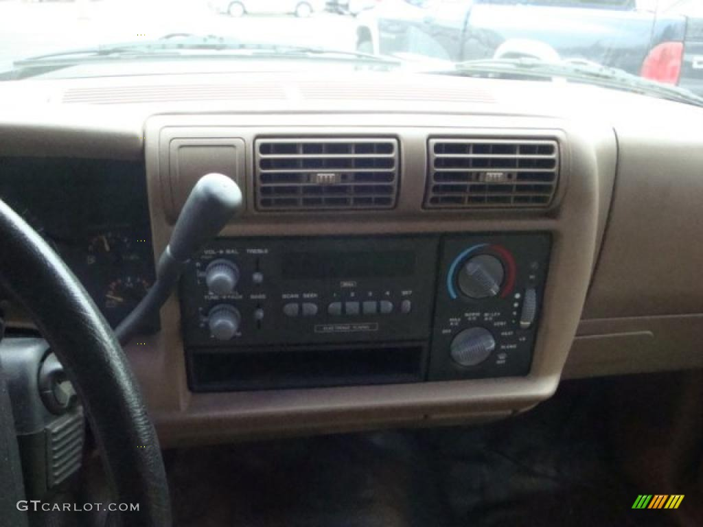 Djmsuspension together with Interior likewise Steering 20Wheel further Corvette Rallies Who Has Them 305666 furthermore 1709 1996 Chevy C1500 Back To Basics. on 1997 s10 extended cab