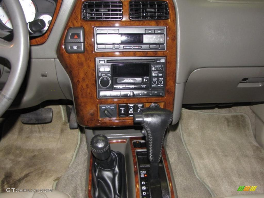 1997 infiniti qx4 4x4 controls photo 39324701