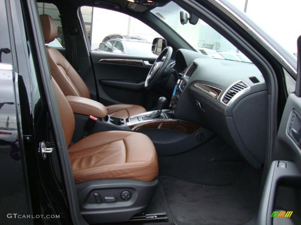 Cinnamon Brown Interior 2010 Audi Q5 3.2 quattro Photo #39333768 | GTCarLot.com