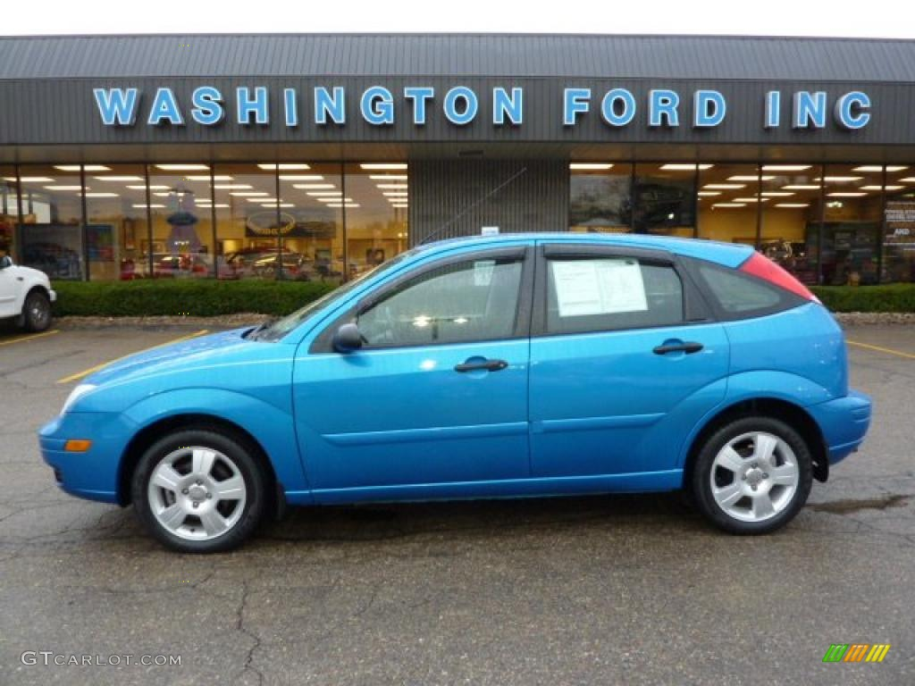 2007 aqua blue metallic ford focus zx5 ses hatchback 39325953 car color galleries. Black Bedroom Furniture Sets. Home Design Ideas