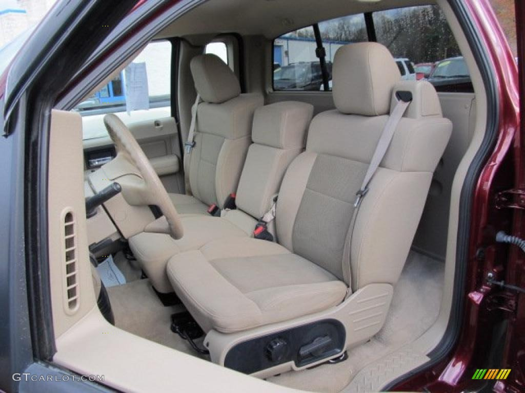 2005 Ford F150 XLT Regular Cab 4x4 Interior Photo #39365272