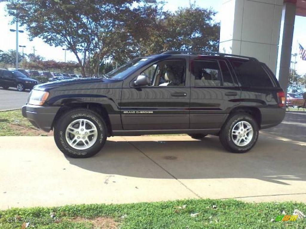 Black 2002 Jeep Grand Cherokee Laredo Exterior Photo #39389442