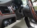 Black Raven - Escalade ESV Platinum AWD Photo No. 18