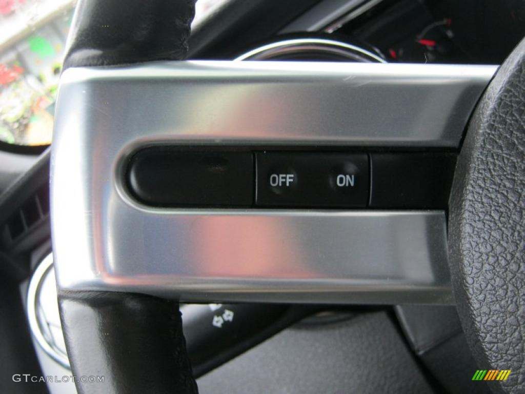 2006 Ford Mustang V6 Premium Coupe Controls Photo #39422126