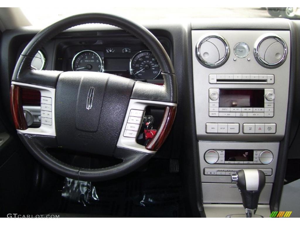 2007 Lincoln Mkz Sedan Dark Charcoal Dashboard Photo