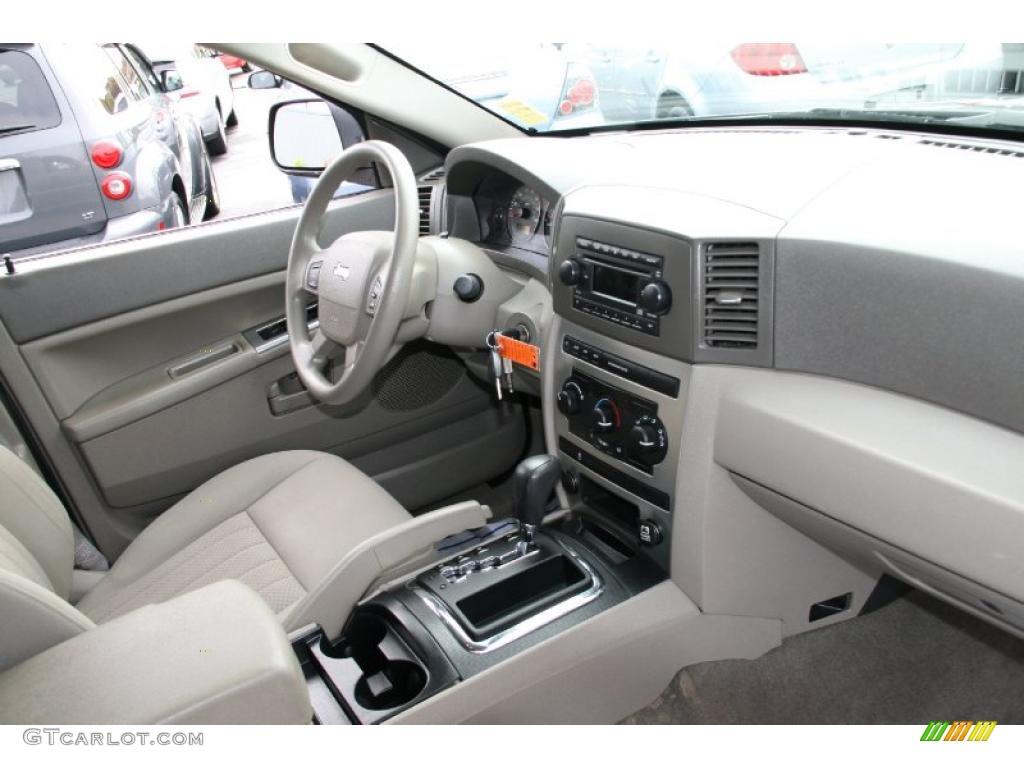2005 jeep grand cherokee laredo 4x4 dark khaki light - 2005 jeep grand cherokee laredo interior ...