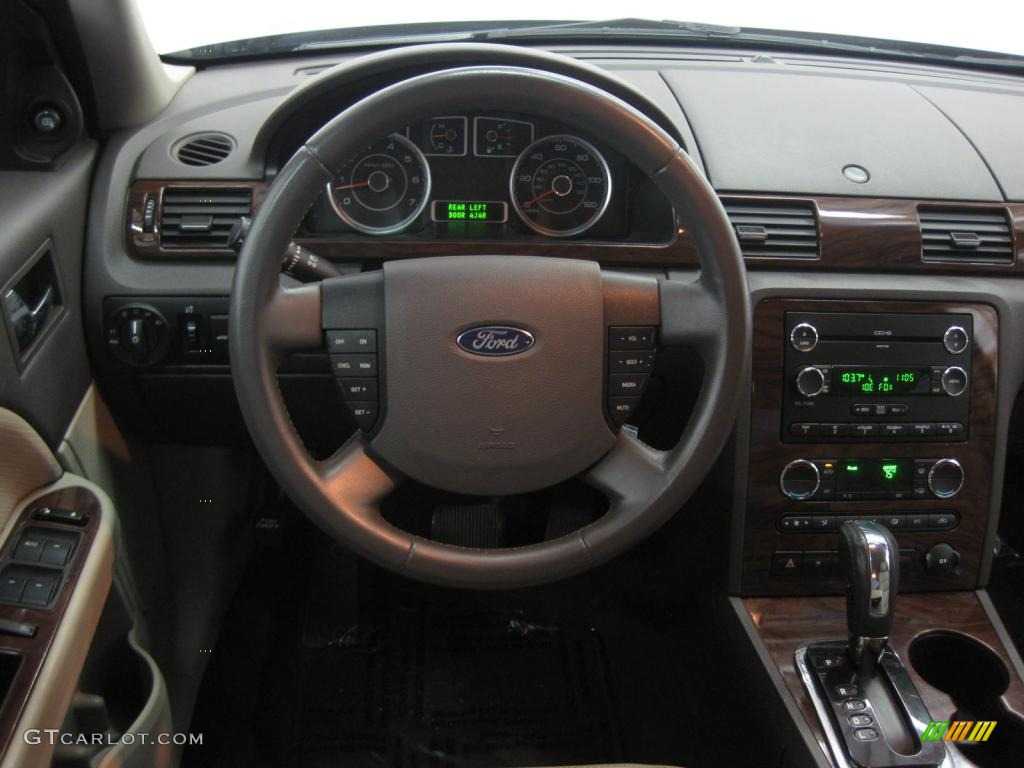 2008 Ford Taurus SEL Medium Light Stone Dashboard Photo #39526641 | GTCarLot.com