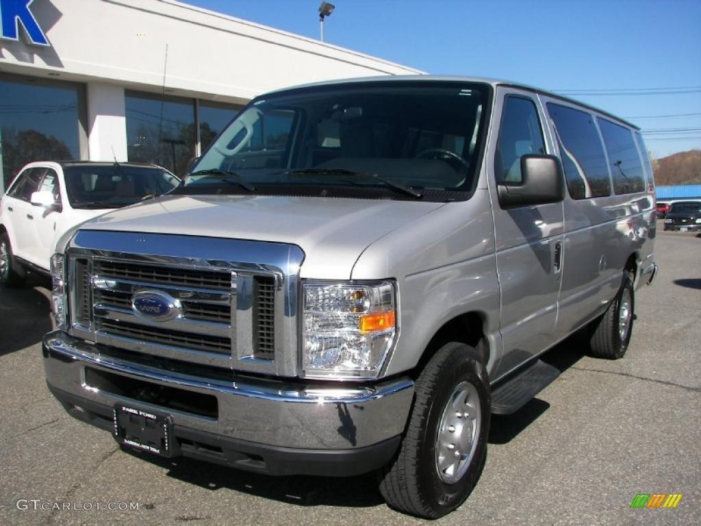 2010 ingot silver metallic ford e series van e350 xlt. Black Bedroom Furniture Sets. Home Design Ideas