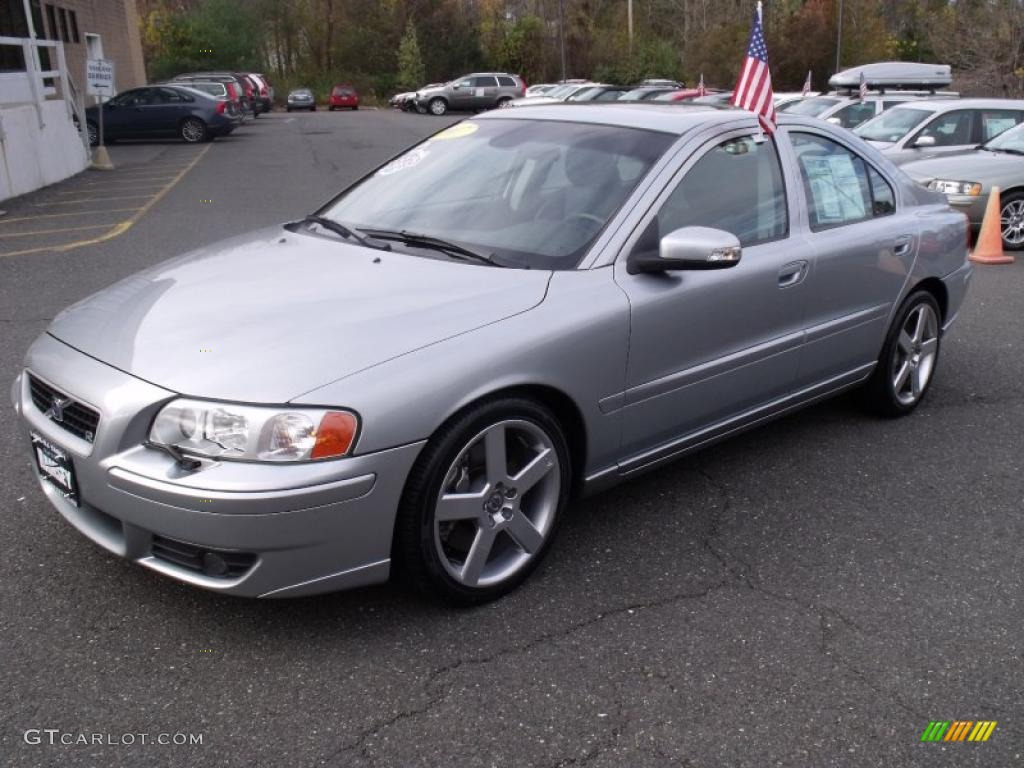 R Electric Silver Metallic 2007 Volvo S60 R Awd Exterior