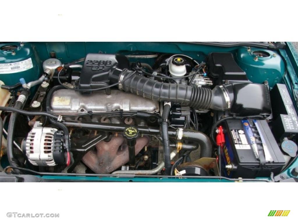 1999 Chevrolet Cavalier Sedan 2.2 Liter OHV 8-Valve 4 ...