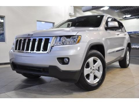 2011 jeep grand cherokee laredo x package data info and specs. Black Bedroom Furniture Sets. Home Design Ideas