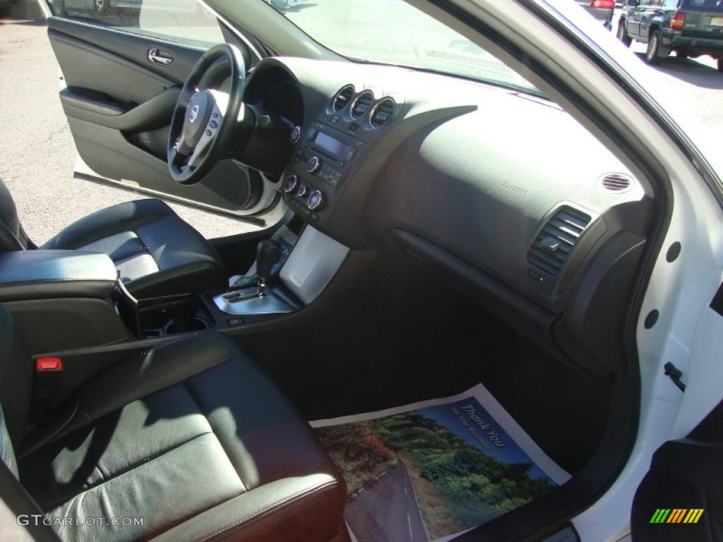 charcoal interior 2008 nissan altima 2 5 sl photo. Black Bedroom Furniture Sets. Home Design Ideas