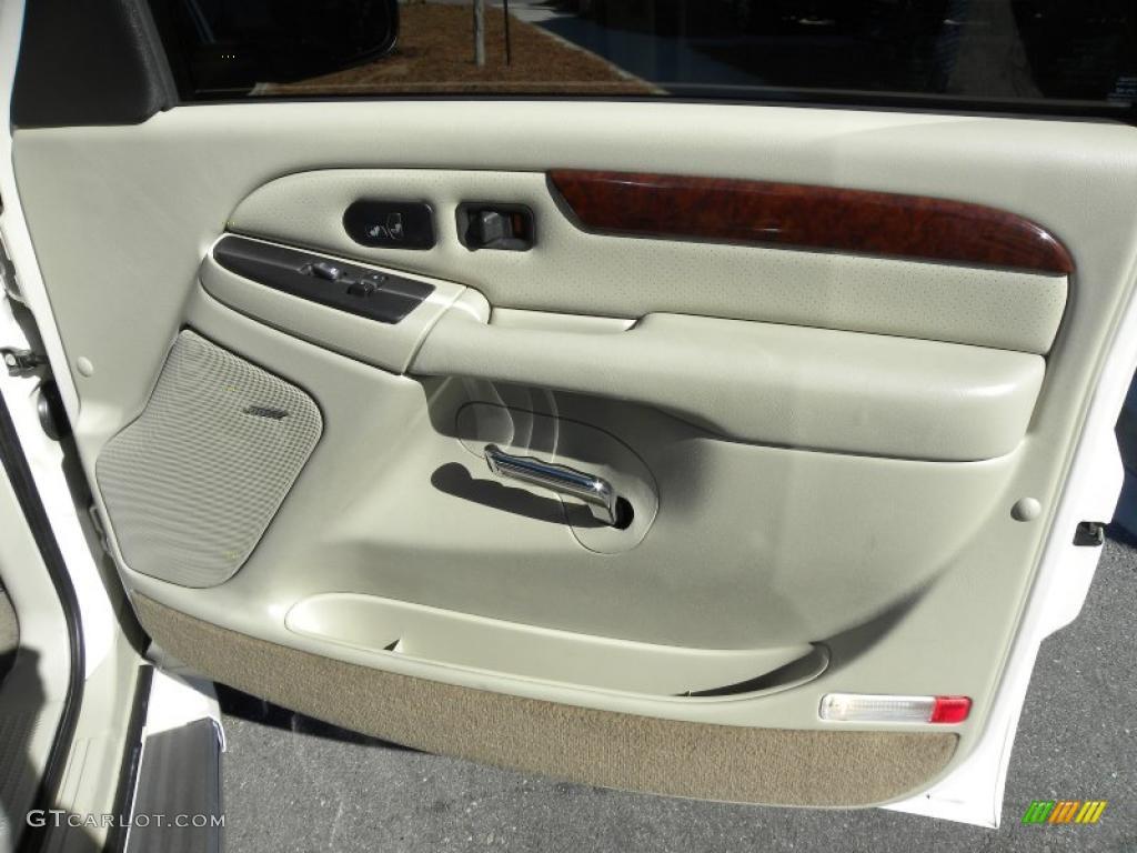 2005 Cadillac Escalade Standard Escalade Model Shale Door Panel Photo 39697991
